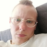 Sandra from Chemnitz | Woman | 30 years old | Pisces