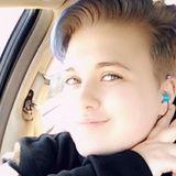 Warner from Dayton | Woman | 20 years old | Libra