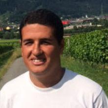Fahd looking someone in Liechtenstein #4