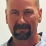 Al from Ottawa | Man | 49 years old | Capricorn