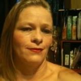 Elizabeth from Newton | Woman | 45 years old | Gemini