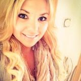 Gloiri from Cupertino | Woman | 27 years old | Cancer