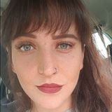Beth from Salford | Woman | 26 years old | Capricorn