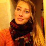 Laura from Pau | Woman | 27 years old | Taurus