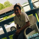 Cale from Johnson City | Woman | 25 years old | Gemini