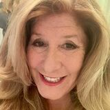 Noblejulie from Sydney | Woman | 60 years old | Gemini