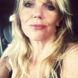 Elle from Kahului | Woman | 46 years old | Pisces