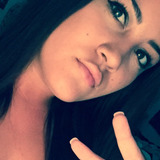 Maya from Newhall   Woman   23 years old   Cancer