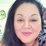 Selina from Tampa   Woman   44 years old   Aries
