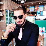 Gentleman from Dubai   Man   34 years old   Gemini