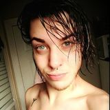 Lc from Sydney | Man | 24 years old | Cancer