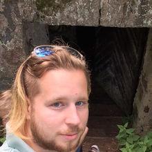 Mike looking someone in Estonia #8