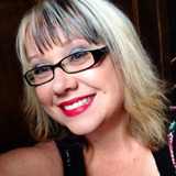Suziecue from Birchy Bay | Woman | 40 years old | Taurus