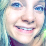 Lizzy from Bismarck | Woman | 25 years old | Aries