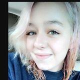 Julia from San Anselmo | Woman | 23 years old | Taurus