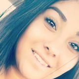 Veee from Bishop | Woman | 26 years old | Taurus