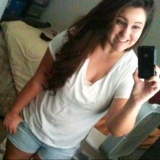 Shelly from Mira Loma   Woman   26 years old   Aries