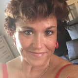 Michelle from Spring Hill | Woman | 53 years old | Gemini