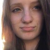 Bella from Estes Park | Woman | 21 years old | Aquarius