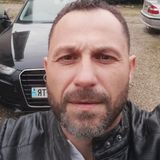 Phil from Grenoble | Man | 40 years old | Leo