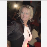 Tina from Gargenville | Woman | 61 years old | Pisces
