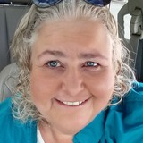 Lynnie from Orland Park | Woman | 57 years old | Sagittarius