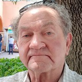 Chrissloanen from Durham | Man | 69 years old | Capricorn