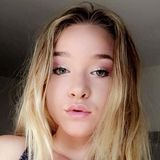Kenzie from Simi Valley   Woman   21 years old   Gemini