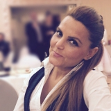 Aylin from Koeln | Woman | 34 years old | Capricorn