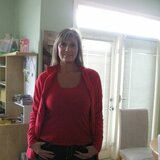 Pauline from Dover   Woman   45 years old   Aries
