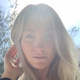 Bezzy from San Clemente | Woman | 34 years old | Leo