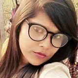 Niki from Benares | Woman | 30 years old | Libra