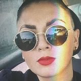 Nina from Pau | Woman | 23 years old | Taurus