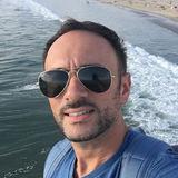Popo from Sherman Oaks | Man | 40 years old | Gemini