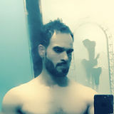 Zahidgee from Sharjah   Man   34 years old   Aquarius