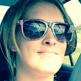 Joanie from Sherbrooke | Woman | 28 years old | Leo