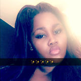 Queen from Palmdale   Woman   25 years old   Taurus
